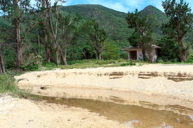Ara Beach Rivlet
